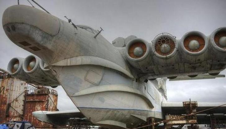 Оснащен 8 турбореактивными двигателями Изначально подобные «летающие корабли» были разработаны