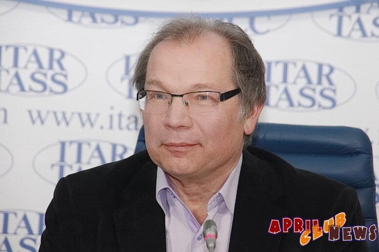 Сыновья Дмитрия Диброва устроили домашний концерт в честь 59-летия отца