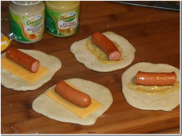 ленивые пирожки с сосисками фото рецепт