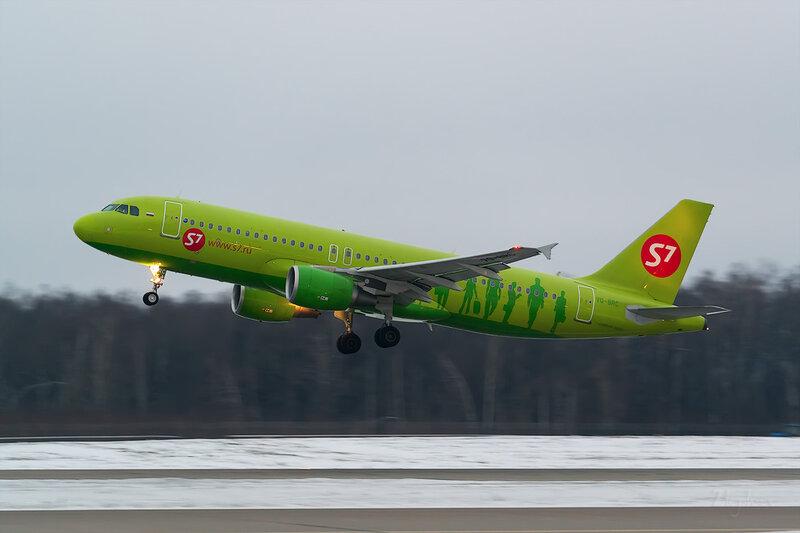 Airbus A320-214 (VQ-BRC) S7 D803536