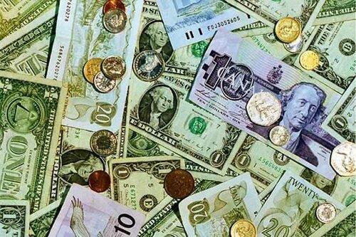 Центробанк изменил долю долларов в меньшую сторону в валютных резервах России