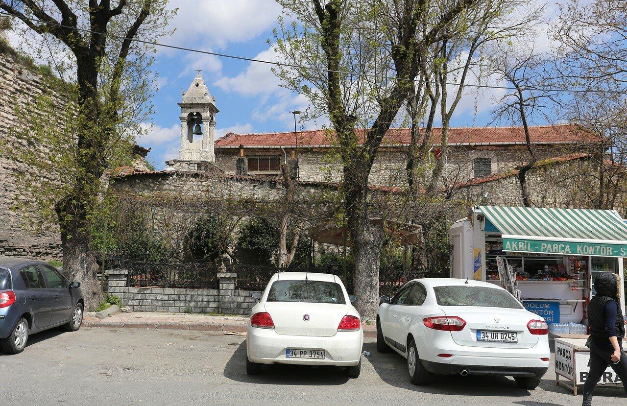 Стамбул. Армянская церковь Святого Николая (S. Nigoğayos Ermeni Kilisesi)