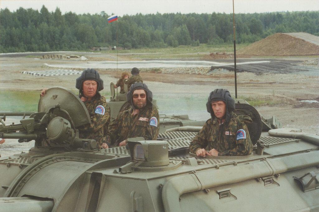 Выставка в Нижнем Тагиле, июль 2000 г.