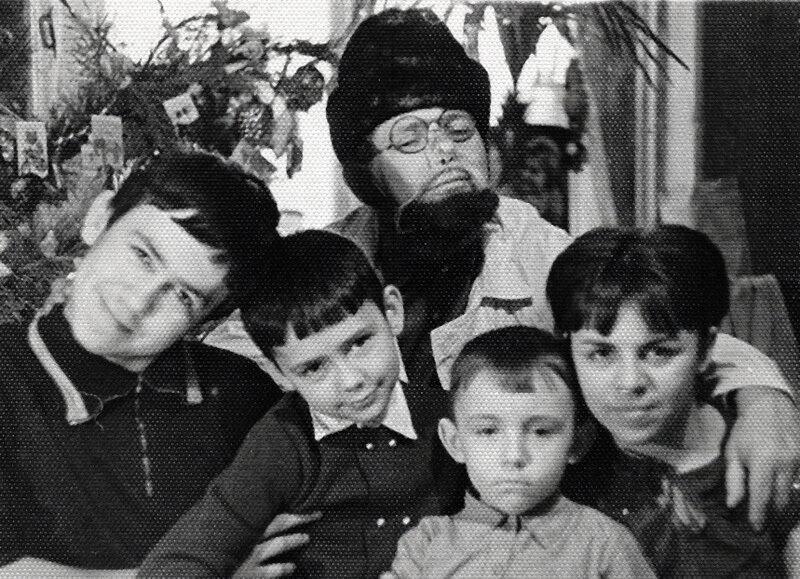 Стасик и Сережа с папой