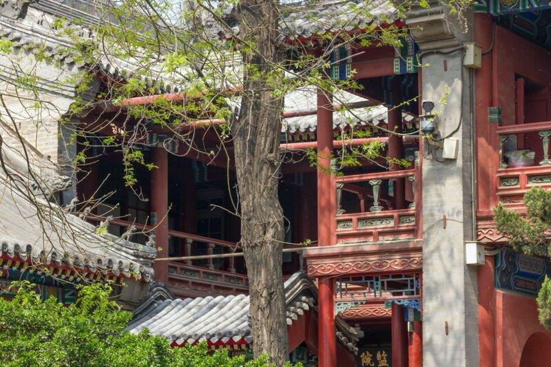 Стены и переходы, храм Белого облака, Пекин