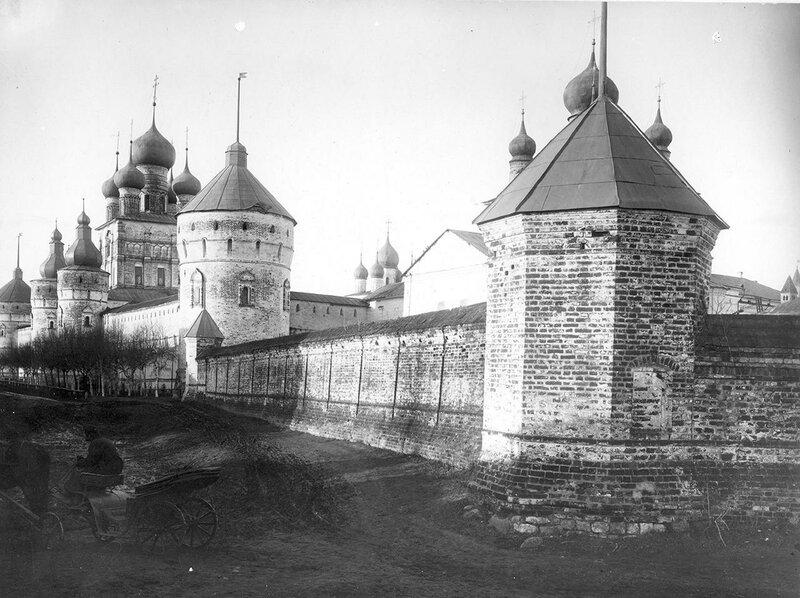 Вид Кремля с юго-западной стороны