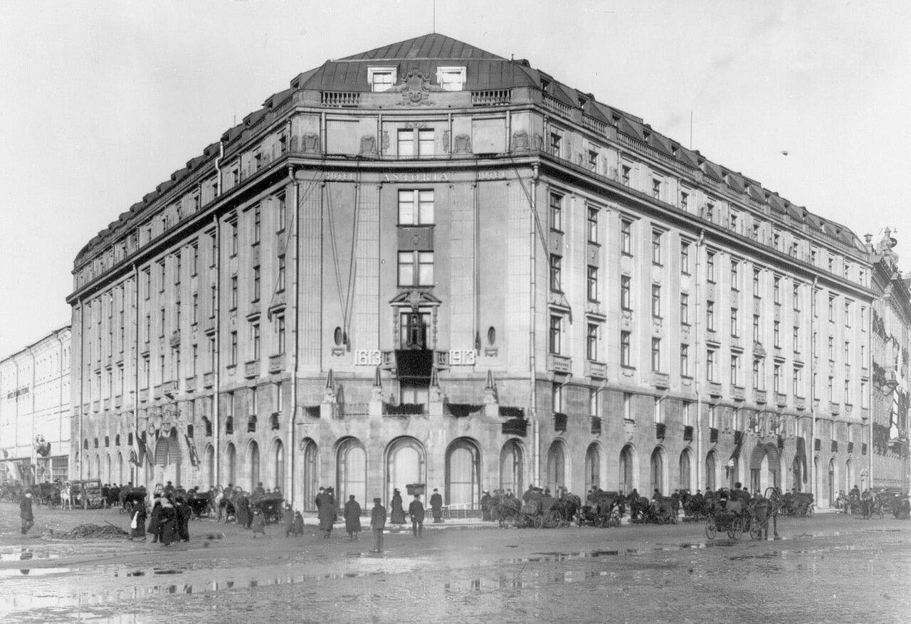 Угловой фасад здания гостиницы. (Архитектор Ф.И.Лидваль, проект разработан в 1908 г.)