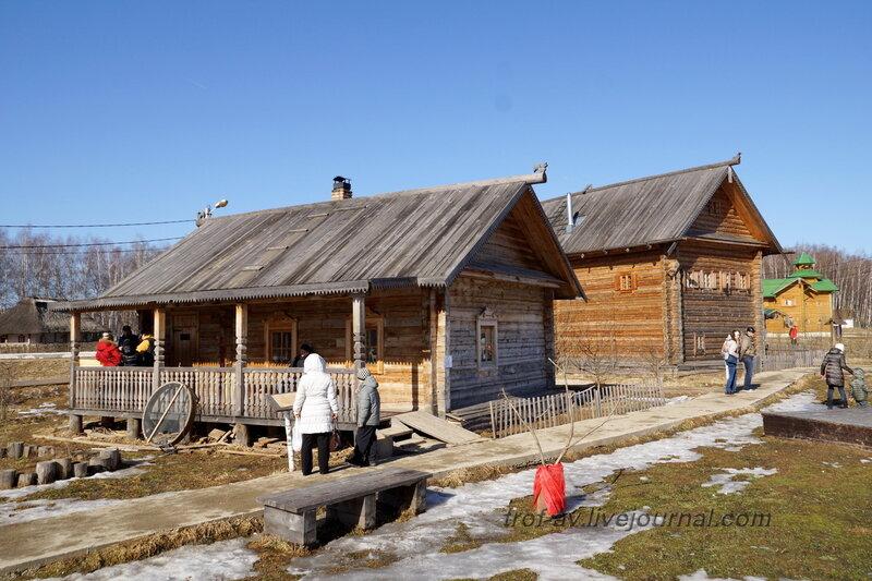 Западно-русский дом, Этномир, Калужская обл.