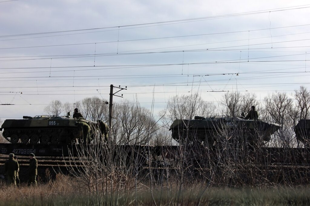 After Annexing Crimea, Russian Troops Are Piling Up By The East Ukraine Border 0 caf54 6755a981 XXL