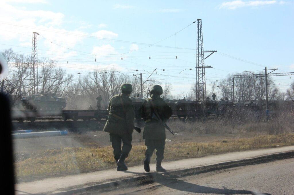 After Annexing Crimea, Russian Troops Are Piling Up By The East Ukraine Border 0 caf60 f07e5448 XXL
