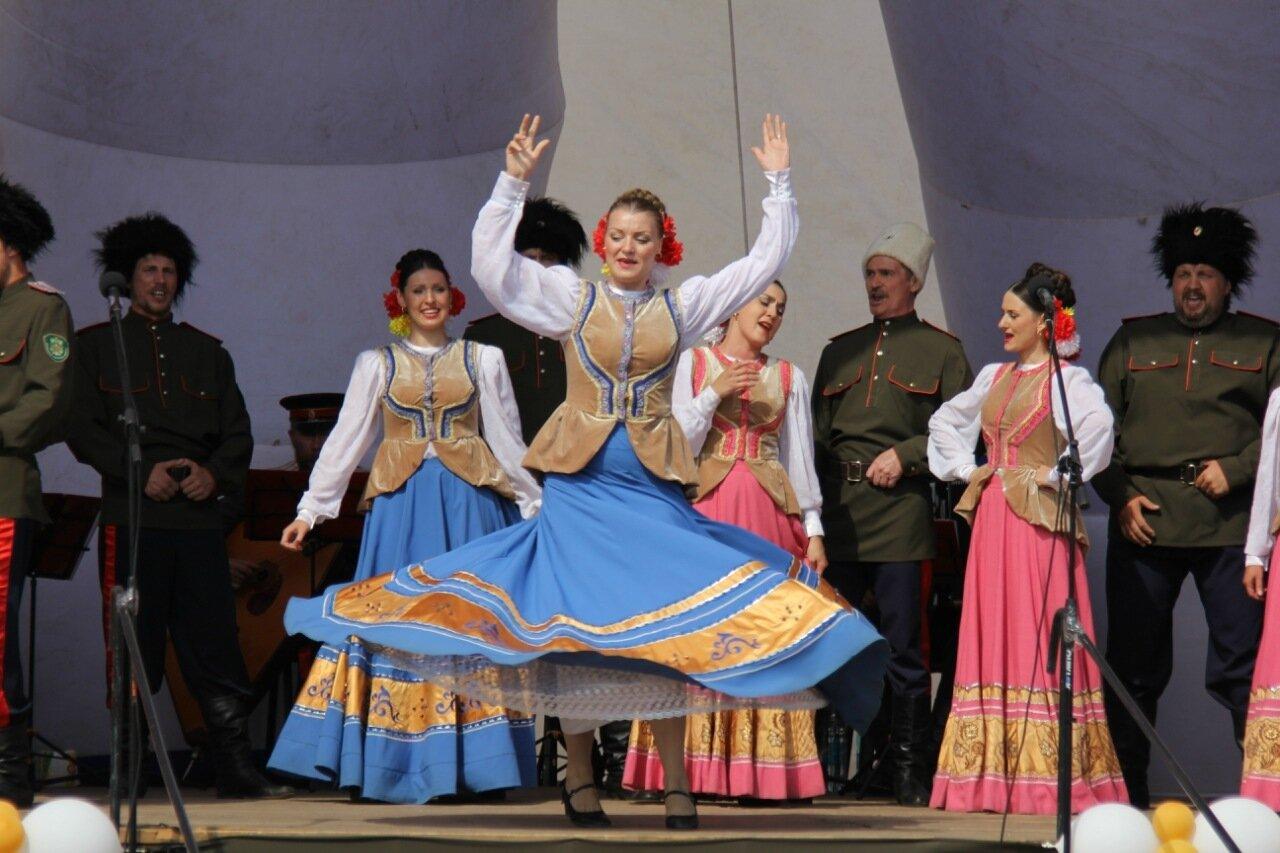 Открытый праздник во славу сибирского казачества