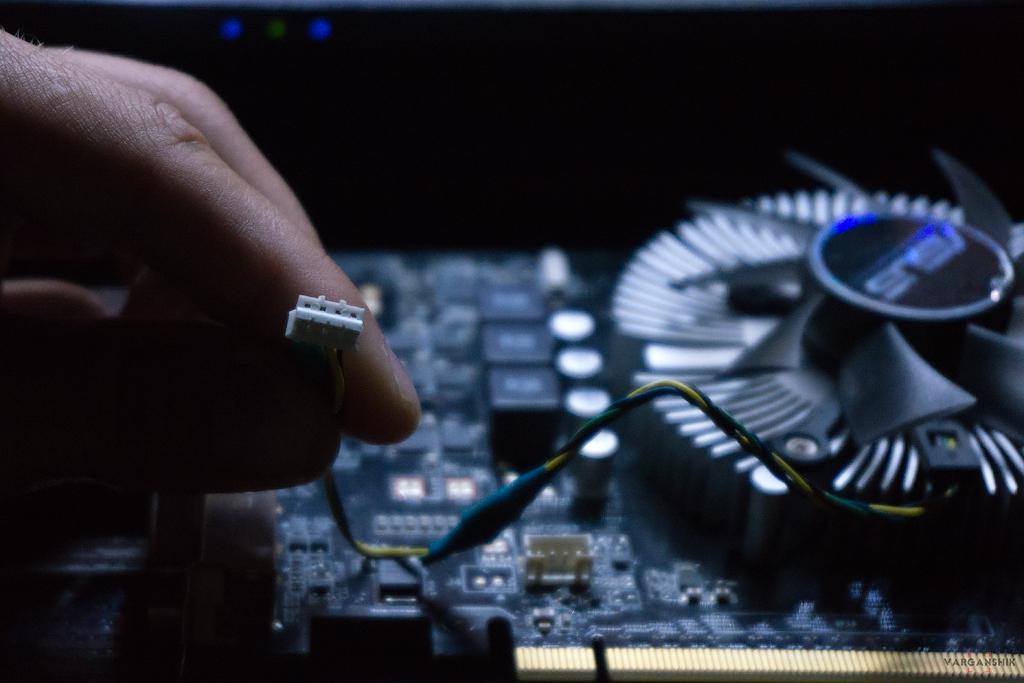 Зависает комп видеокарта не работает кулер