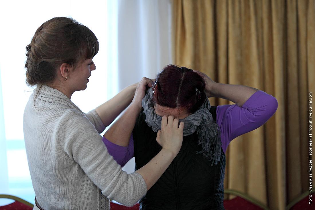 Заглянем к Екатерине на урок по модному сворачиванию платка