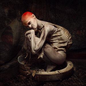 Sylwia-Makris-melanie-gaydos-2.jpg