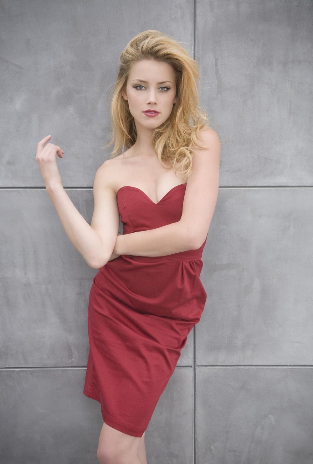 kinopoisk.ru-Amber-Heard-2086721.jpg
