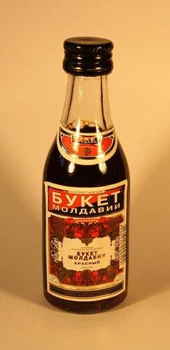Вино Букет Молдавии Красный