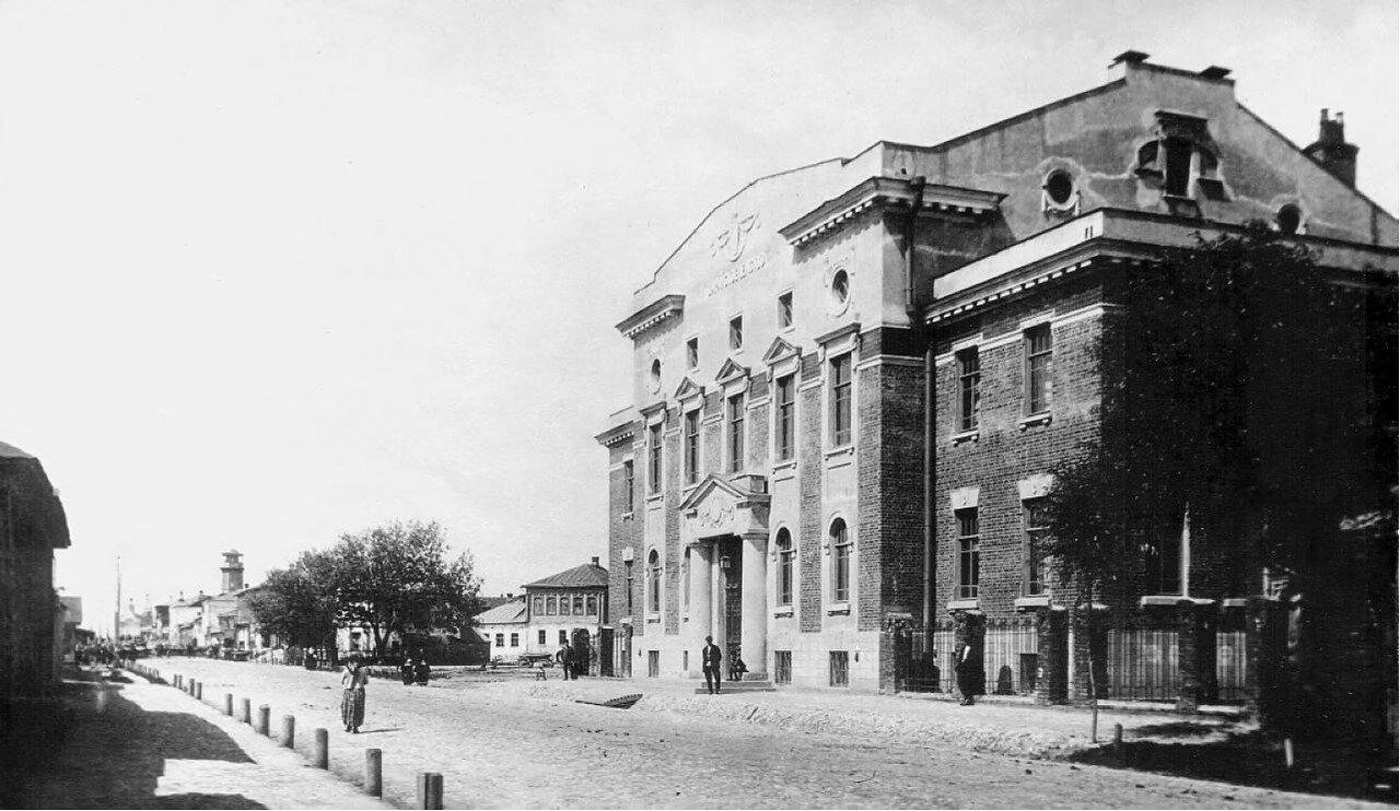 Здание Зарайского земства