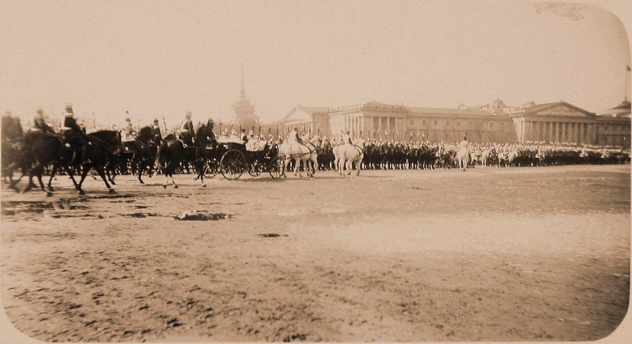 05. Конные батареи и Первая кавалерийская дивизия в день смотра на Дворцовой площади