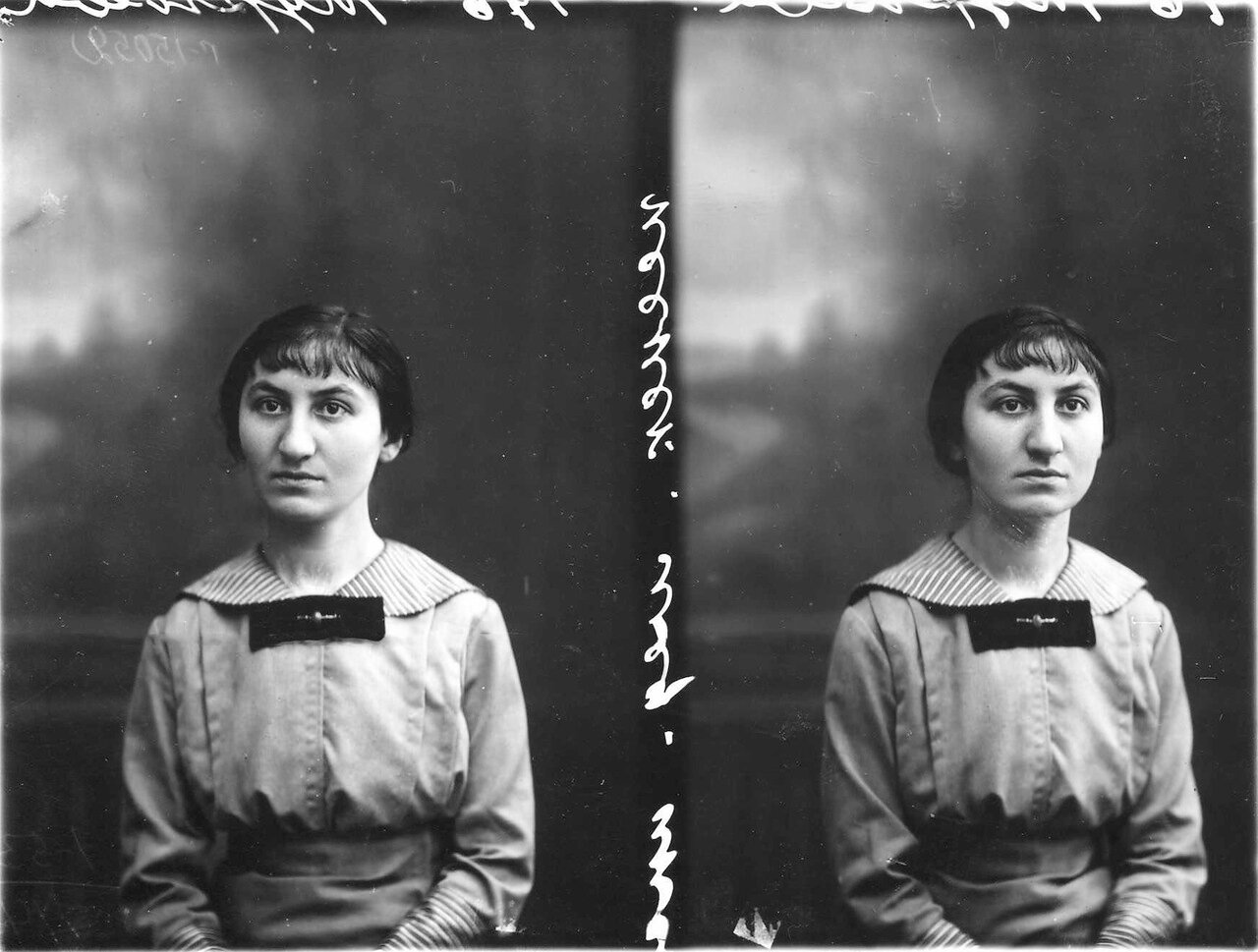 Турнева - студентка женского медицинского института