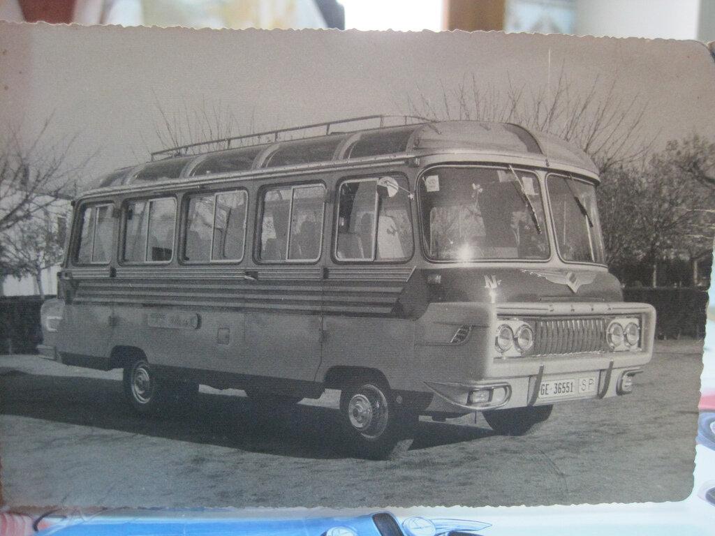 1952 Hispano Suiza Ayats Espagne 9efb9-smallbus.jpg
