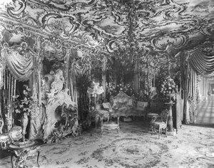 Зал в доме Г.Г.Елисеева.