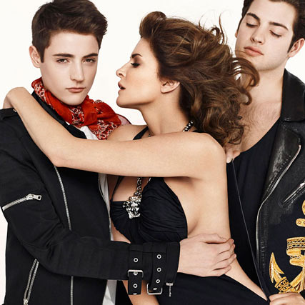 Стефани Сеймур с сыновьями / Stephanie Seymour and Sons by Sebastian Faena in Harper's Bazaar US march 2014
