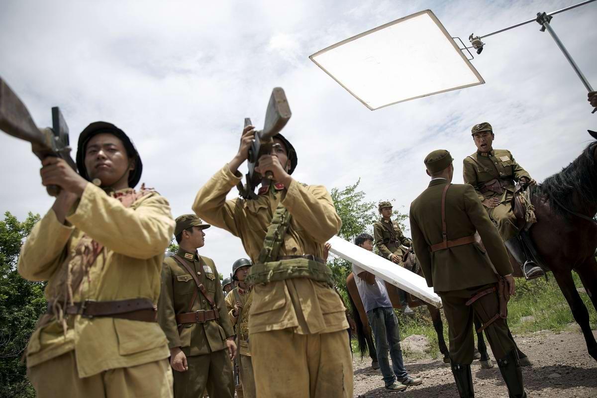 Война и немцы: На съемках китайского телесериала о 2-й мировой войне (17)