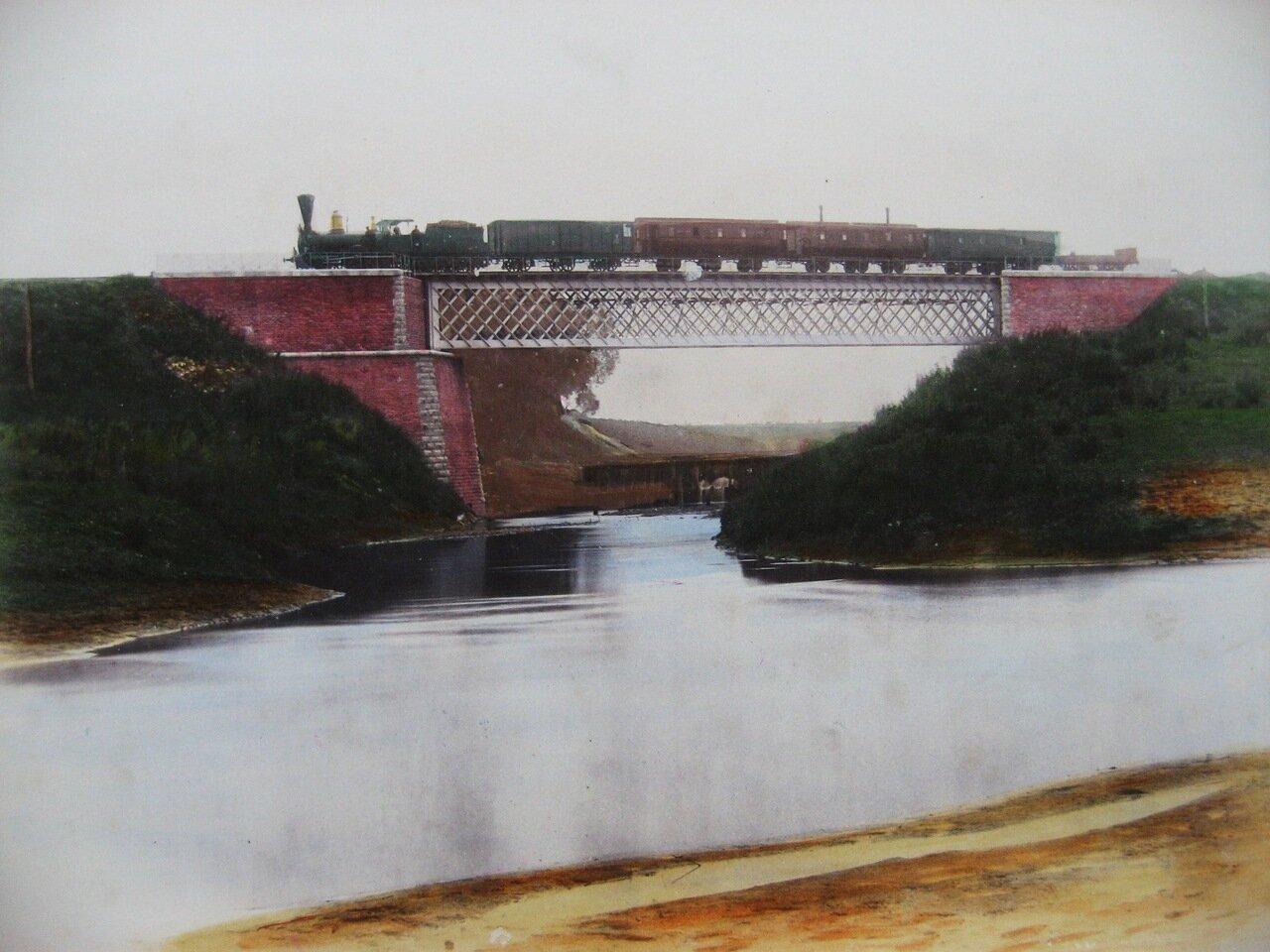 28. Мост через реку Оптуху
