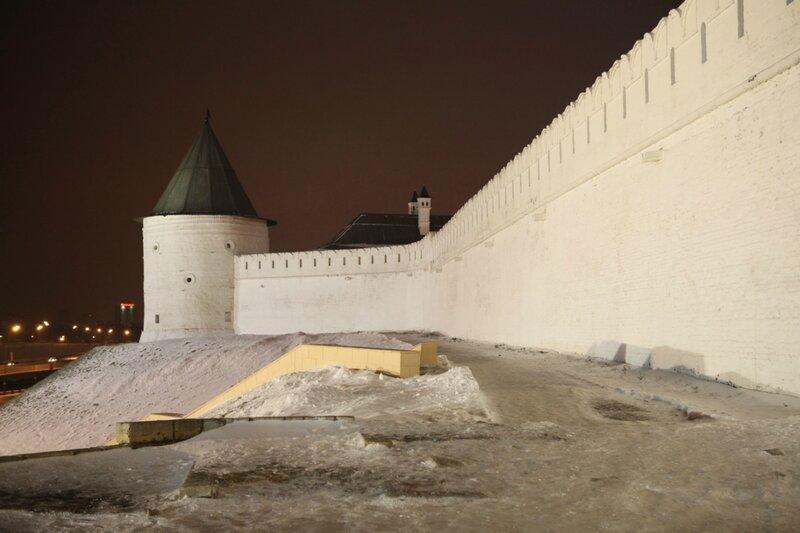 Казань, Безымянная круглая башня