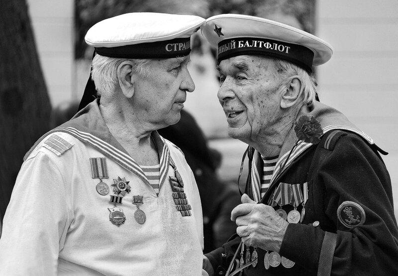 Вспоминают моряки.
