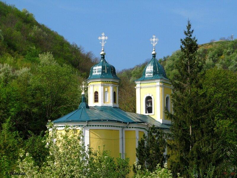 1. Сахарна - Троицкая церковь (1821).JPG