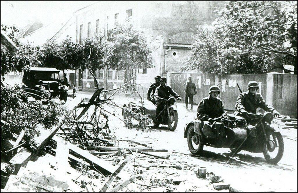 Оккупанты с самого утра проводят обыски у крымских татар в Симферополе и Алупке - Цензор.НЕТ 3923