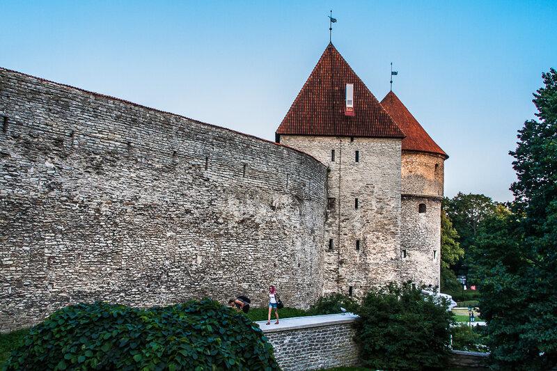 Девичья башня и башня Кик-ин-де-Кёк
