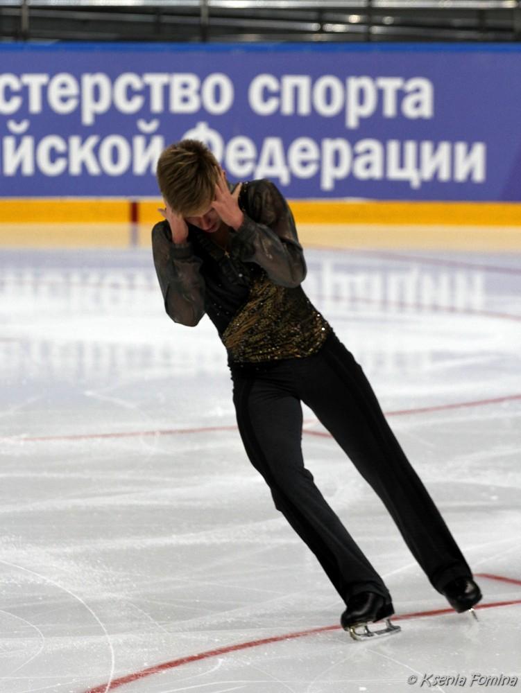 Александр Петров 0_c67c9_7b01d2c8_orig