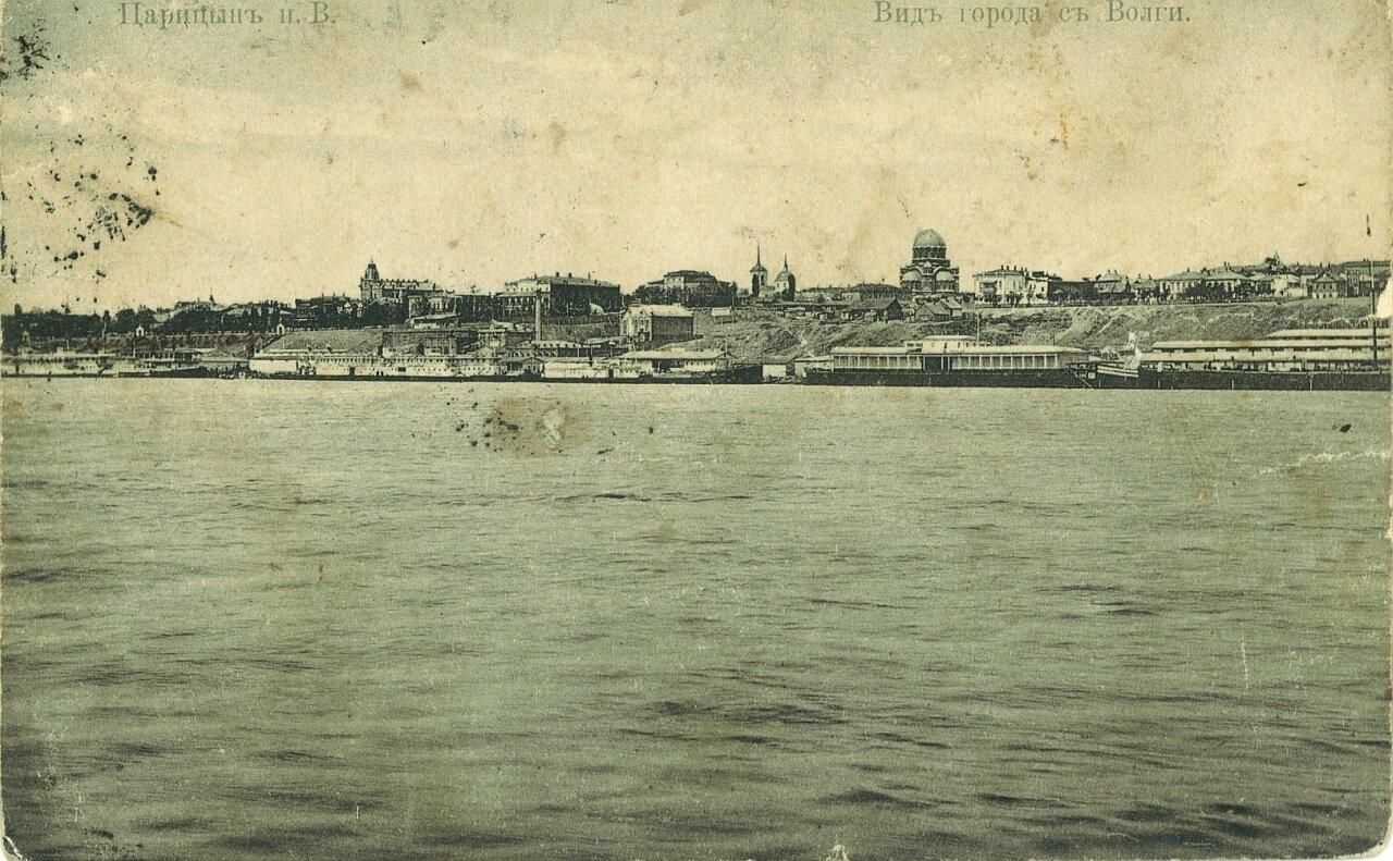 Вид города с Волги