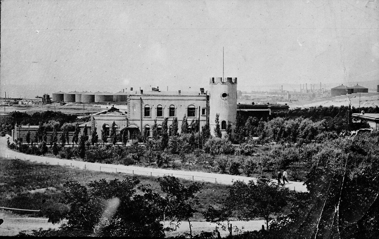 Здание корпорации Нафта братьев Нобель в Баку