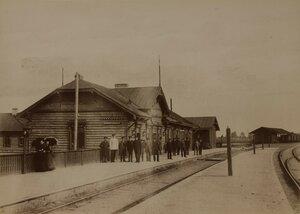 Александровские ворота. Железнодорожная станция