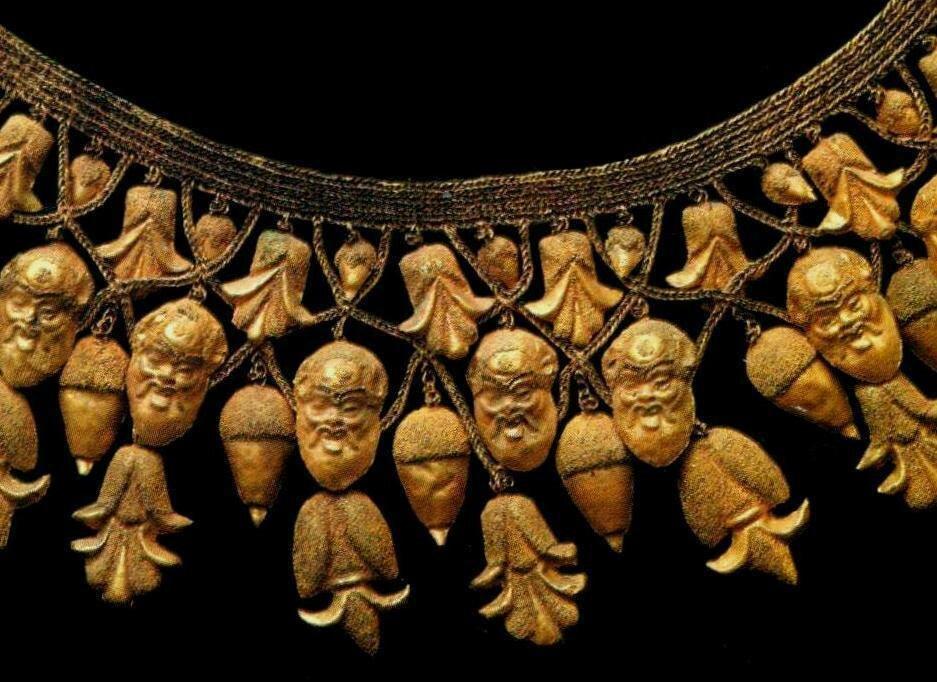 480 BC - Braided Necklace from Ruvo di Puglia, Province Bari, Italy