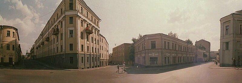 Петропавловский, Астаховский, Подколокольный переулки с площади Максима Горького