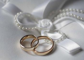 Почти 120 свадеб состоится в Молдове 14 февраля
