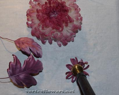 как сделать хризантему из ткани