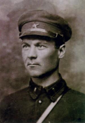 Командир 90-го танкового полка 45-й танковой дивизии полковник Банчуков С. Г.