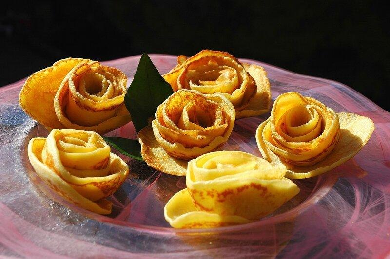 розы из блинов фото иностранные