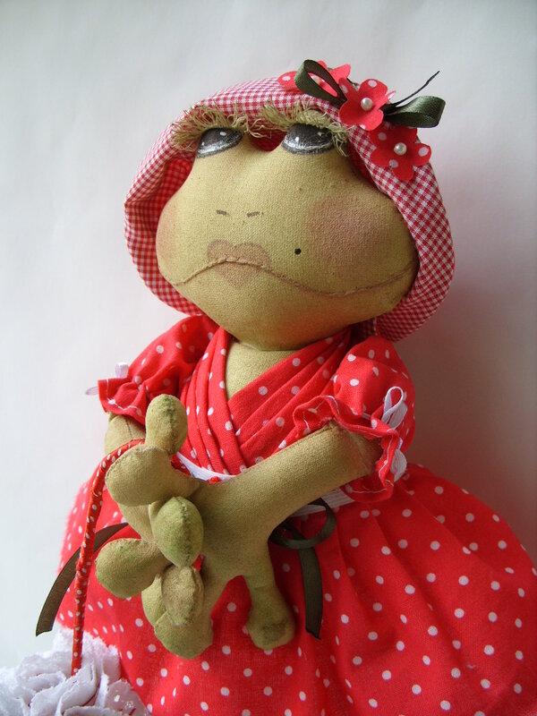 кукла лягушка