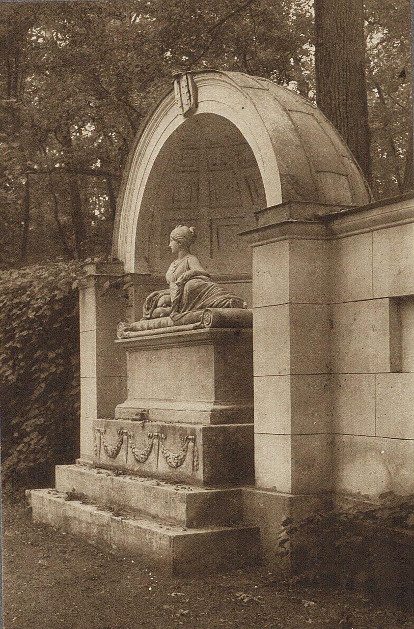 Натолин. Памятник Натали Потоцкой