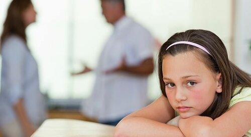 Как объяснить ребенку развод?