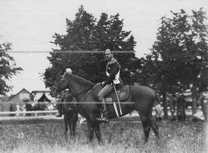 Великий князь Сергей Михайлович на коне на праздновании 250-летнего юбилея Конно-гренадерского полка .