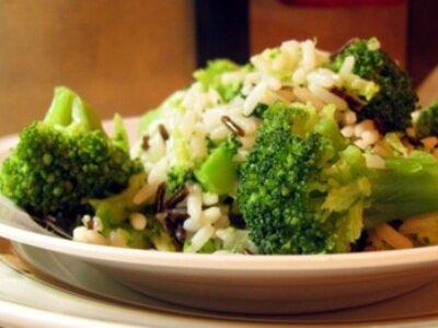 Рис с брокколи и овощами
