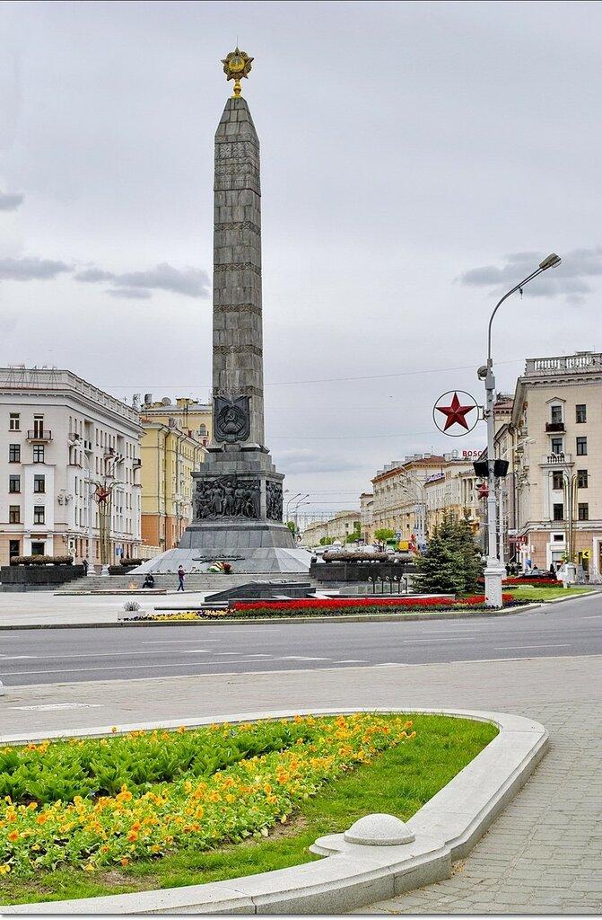 Эконом памятник Купола Родники Лампадка из габбро-диабаза резная Новая Ладога