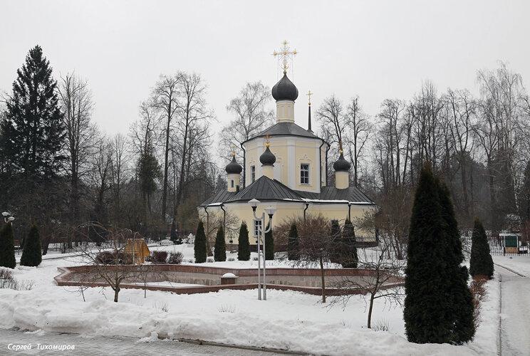 Преображенская  церковь в Юдино.